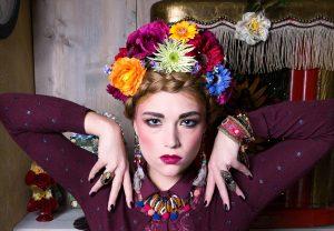 Lincey als Frida