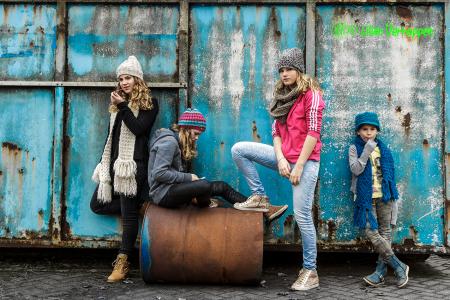 familie foto van 4 zusjes
